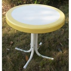 White/Yellow Retro Outdoor Dining Table Vintage Look Patio Veranda Lanai Sturdy  #4DConcepts #Retro