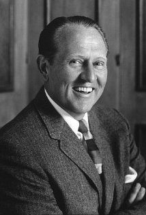 Art Linkletter - Television and Radio Personality, Author. Cremated, Ashes given to family or friend. Art Linkletter, Red Skelton, Archive Footage, Elderly Couples, The Mike, O Canada, Celebs, Celebrities, Picture Photo