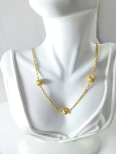 Vintage 70s 80s Gold Tone Necklace w/ Stationed Filigree Spheres