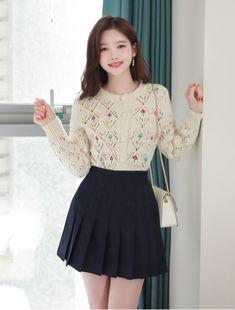 Korea Fashion, Girl Fashion, Fashion Dresses, Womens Fashion, Casual Outfits, Cute Outfits, Pretty Asian, Suede Skirt, Winter Outfits Women