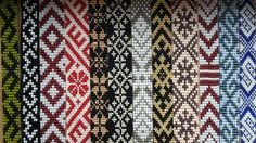 Loom bead. Latvian. Ethno. Crochet Beaded Bracelets, Bead Loom Bracelets, Beaded Bracelet Patterns, Bead Loom Patterns, Woven Bracelets, Beading Patterns, Embroidery Patterns, Loom Beading, Bead Crafts