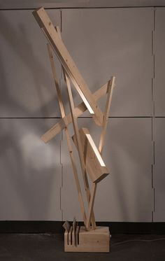 Wood lamp by Reverse - #product, #recycled wood from #pallets.