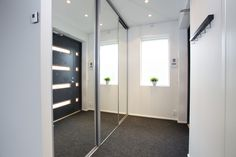 Liukuovitukku - Galleria Mudroom, Lockers, Locker Storage, House Plans, Haku, How To Plan, Cabinet, Houses, Furniture