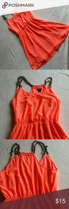 Rue21 Coral Dress Coral dress from Rue21. Dress is fully lined. Straps are ribbons and gold, very nice. Overall great condition. Rue21 Dresses