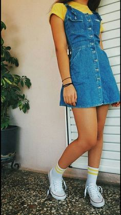 teenager outfits for school ; teenager outfits for school cute Teenager Outfits, Teenager Mode, Outfits For Teens, Girl Outfits, Teenager Fashion, 90s Girl Fashion, Fashion Fashion, Outfits With Overalls, Cute Outfits With Skirts