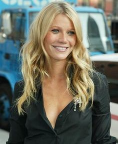 Gwyneth Paltrow- one of my all-time favorite looks of hers.