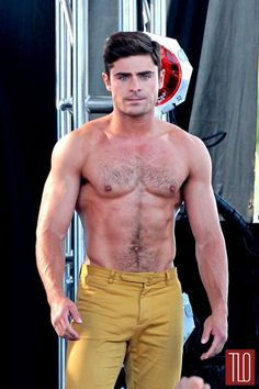 Zac-Efron-Movie-Set-Dirty-Grandpa-Part-2-Tom-Lorenzo-Site-TLO (6)