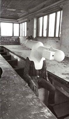 """""""TV Helmet/Portable Living Room"""" Walter Pichler, 1967"""