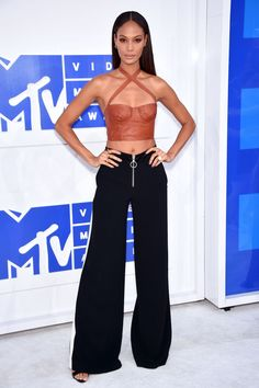 Revue en images des looks de la cérémonie des MTV Video Music Awards 2016.