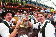 Maravillosos festivales mundiales que se celebran en septiembre (Festival de la cerveza, Munich) Conócelos con SolCanela Travel!!!
