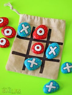 DIY Painted Rock Tic-Tac-Toe Travel Game for On-The-Go Fun! This DIY painted rock tic-tac-toe travel game was the easiest upcycled craft project ever! Carry this game in your bag for instant fun on the go! Upcycled Crafts, Easy Crafts, Diy And Crafts, Craft Projects, Crafts For Kids, Arts And Crafts, Kids Diy, Decor Crafts, Crafty Kids