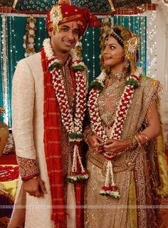 jyoti wedding | ... Sneha and Sarwar as Jyoti and Pankaj in wedding dress in Jyoti (32417