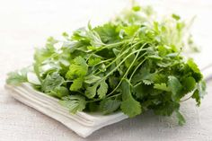 Did you know Coriander/Cilantro binds to heavy metals like mercury, cadmium, lead and aluminum, making it easier to transport them out of your body? A great reason to grow & eat it regularly! This article has 7 detox herbs helpful for health including tumeric for the liver & garlic to help remove heavy metals.
