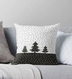 Give Zest to Christmas Interior, фото № 6 Sewing Pillows, Diy Pillows, Custom Pillows, Decorative Pillows, Throw Pillows, Christmas Pillow, Christmas Crafts, Christmas Cushions To Make, Christmas Trees
