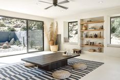 Designed with tranquility and relaxation in mind, Villa Kuro is a minimal organic modern hideaway located in Joshua Tree, California fusing natural. Villa, Wabi Sabi, Joshua Tree National Park, National Parks, Joshua Tree Airbnb, Casa Wabi, Desert Homes, Ranch Style Homes, Organic Modern