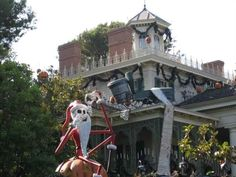 Merry Christmas from the Haunted Mansion