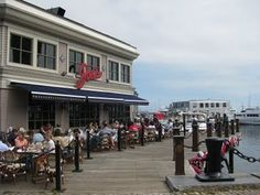 Joe's American Bar and Grill @ Waterfront of Boston, MA-- Great lil' hung over brunch joint on a beautiful Sunday