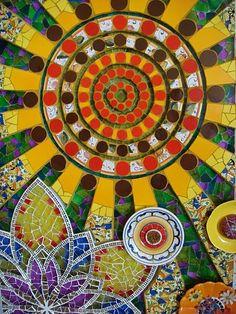 Tati Guerra - Rio Mosaic 2007 - Ajulejo, mirror, glass microscope slide, fabric, ceramic plate, porcelain beads, jewelry, clay flowers. Forte de Copacabana.
