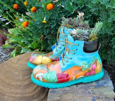 Painted Garden Boots - the garden junkie. I want to do this to my husband's work boots. He could still wear them!