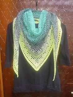 Beautiful, lacy crochet! -Free pattern on Ravelry