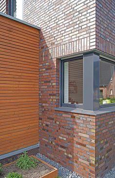 Wohnhaus, Greven|Referenzen|Wohnhäuser|Klinkerwerk Hagemeister Dream House Exterior, House Extensions, Facade, Garage Doors, Projects To Try, Sweet Home, Outdoor Decor, Bricks, Design