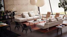 """Schwebendes VolumenEin Sofa ist längst mehr als """"nur"""" ein Sitzmöbel. Es kann ebenso mit anderen Funktionen aufgeladen werden. """"Sofas werden heute ganz anders benutzt als früher. Sie dienen nicht..."""