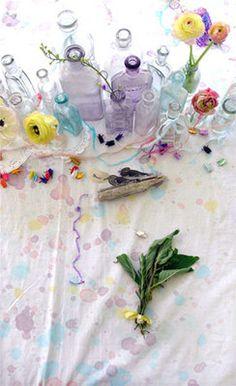 table pastels flowers