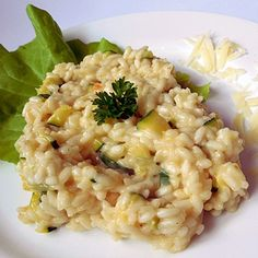 Risotto s cuketou a pramazanem Risotto, Food And Drink, Vegan, Ethnic Recipes, Fit, Anna, Al Dente, Bulgur