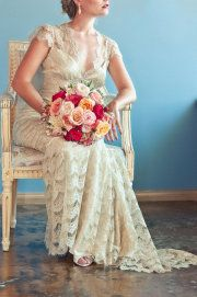 Claire Pettibone Windsor Rose Collection feat. in @Style Me Pretty - CP 'Eloquence' gown - Photo: Natalyia Studios - Floral Lilla Bello Studios