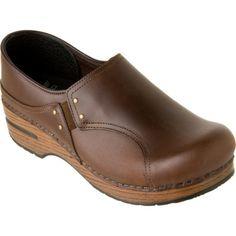 Dansko Phoebe Thank You @Kathleen Bragg for my latest shoe purchase and addiction <3