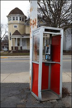 1980's phone booths.. lol. How you spoke to your friends while on the road.. no mobile phones.. you pulled over and called someone..