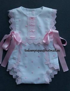 Baby girl dress, handmade smocked dress, perfect for first birthday and photos sessions, Easter dress and spring. Baby Dress Design, Baby Girl Dress Patterns, Little Girl Dresses, Baby Patterns, Baby Dresses, Dress Girl, Baby Ruffle Romper, Baby Bloomers, Baby Outfits