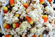 MAIN witches brew kettle corn snack mix