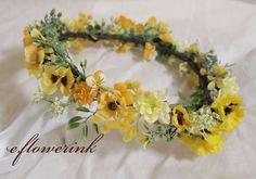 閲覧頂きありがとうございます(*^^*)ウェディング(披露宴、2次会)やイベントなどに最適な花冠になります。春~初夏にとても似合うナチュラル系の花冠です。パン...|ハンドメイド、手作り、手仕事品の通販・販売・購入ならCreema。