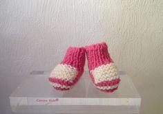 chaussons de poupées, fuschia et blanc de Cemina Kafe sur DaWanda.com