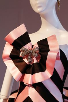 Schiaparelli | Fall 2013 Couture Collection | Style.com