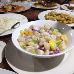 Kinilaw scallops at Gigantes island Filipino Recipes, Scallops, Oatmeal, Foods, Island, Breakfast, Food Food, Block Island, Seared Scallops