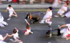 Los más pequeños han vivido la emoción del encierro en el encierro txiki celebrado este viernes, día 8.