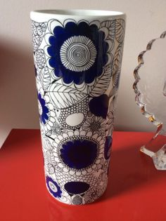 Arabia Littala Vase PASTORAALI Design Esteri Tomula Rare Mid Century 60s Finland Clay Design, Ceramic Design, Porcelain Ceramics, Ceramic Pottery, Clay Vase, Scandinavian Modern, Tile Patterns, Vintage Love, Vintage Ceramic