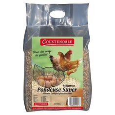 La marque Coustenoble a formulé ce mélange de graines premium pour permettre à vos poules pondeuses de développer des œufs de qualité, au cœur jaune et à la coquille solide. Ce mélange réuni 19 com…