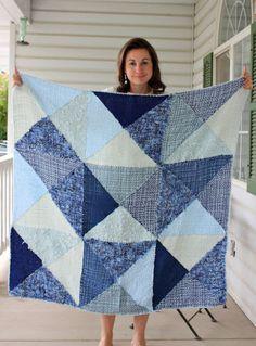 blanket done on triangle loom, tri-loom, lap loom, triloom.