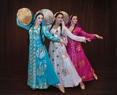 Parvaz dance ensemble - Lovely Iranian Persian folkloric dance of IRAN   Iran has many different ethnic groups each with their own lovely costumes and traditions