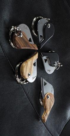 Lion Steel Knives LionBeat Heart Santos Wood EDC Everyday Carry Pendant Neck or Keychain Knife Blade Edc Gadgets, Best Clips, Best Pocket Knife, Edc Everyday Carry, Survival Knife, Car Accessories, Carry On, Knives, Lion