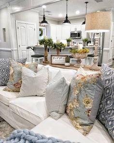 Home Living Room, Living Room Furniture, Living Room Designs, Rustic Furniture, Modern Furniture, Small Furniture, Leather Furniture, Furniture Stores, Cottage Living Room Decor