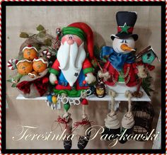 Teresinha Paczkowski: biscuit country. // THE OWLS AND SNOWMEN AND SANTAS ARE ALL FABULOUS! AND SHE HAS SO MANY MORE!!! WELL WORTH THE LOOK-SEE! ♥A Christmas Gingerbread Men, Christmas Snowman, Winter Christmas, Christmas Crafts, Christmas Ornaments, Christmas Pasta, Polymer Clay Christmas, Polymer Clay Crafts, Christmas Makes