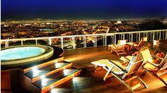 b club - Nočné kúpanie nad mestom na vlastnej terase. Najlepšie miesto na párty :)