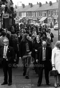 @KCMANC  ·  Here's a photo I took on Claremont Road, Moss Side, as fans were heading to Maine Road in 1972 I think