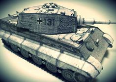 WW2`s Tiger II Tank Paper Model - by Kim - via Paper-Replika - == -  This great paper model of a WW2`s German Tank, the Tiger II, or King Tiger, was created by Korean designers Paperhino and Gigaia and the model you see in the photos was built by Superdunk. They are all a member of HardCraft, a paper model club. This model was posted at Paper-Replika, a very nice Indonesian website about papercraft.