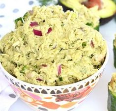 This Avocado Dill Tuna Salad is paleo, whole 30 and packed with flavor! Avocado completely replaces mayo for an all natural healthy fat addition! Easy Potluck Recipes, Cooking Recipes, Healthy Recipes, Good Food, Yummy Food, Tuna Salad, Whole 30 Recipes, Salad Recipes, Food And Drink