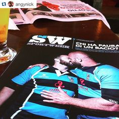 bacio gay rugby